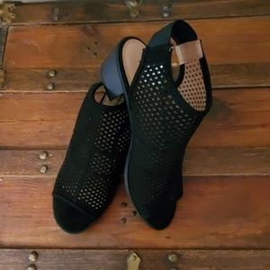 NWOB black sling back sandals.